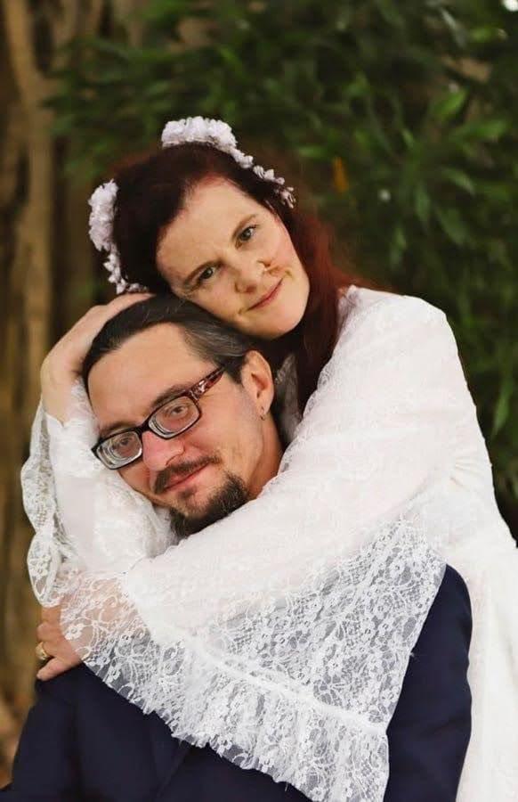 craig and sarah at their wedding
